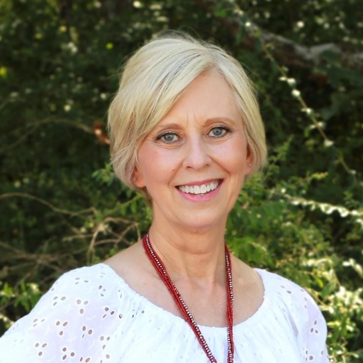 Headshot of Kathy Parker.